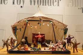 The Humpty Dumpty Circus — Meredith A. Bak